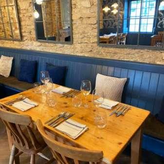 Restaurant-table-Cricklade